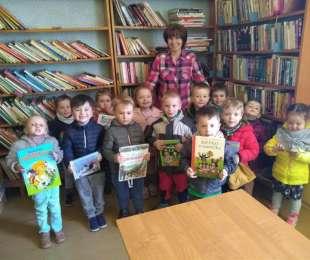 Návšteva obecnej knižnice